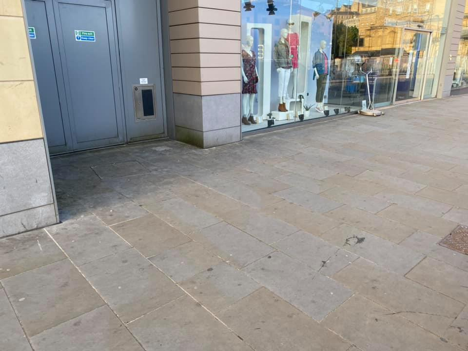 Chewing Gum Removal in UK