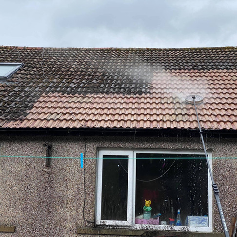 Roof Cleaning Services in Ilkley, Leeds, Bradford, Yorkshire and throughout the UK
