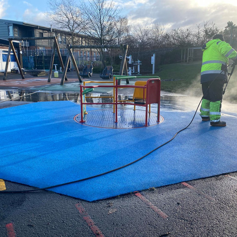 Wet Rubber Pour Cleaning in Yorkshire, Leeds, Bradford, Sheffield, London - all of the UK!