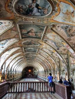 Munich Residenz Palace.jpg