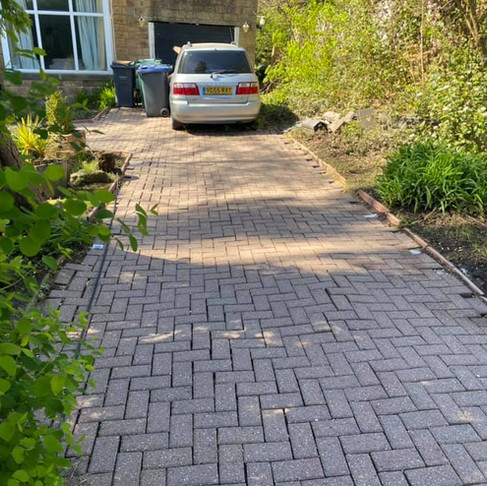 Block Driveway Cleaning in the UK