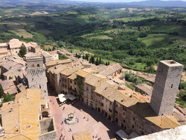 San Gimignano scenery.jpg