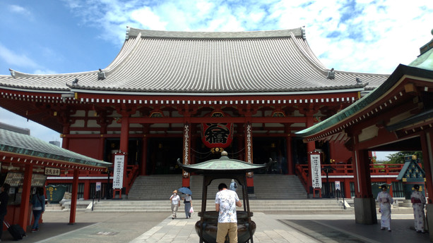 Stories behind the Sensoji-Temple