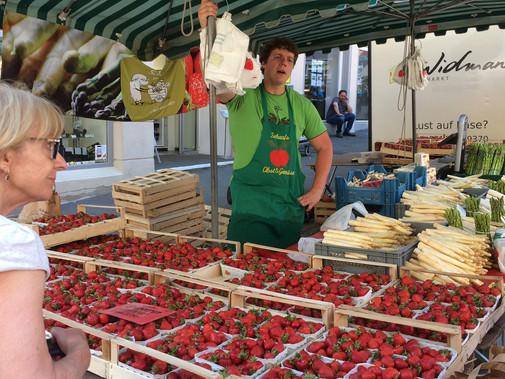Market stall Tubingen.jpg
