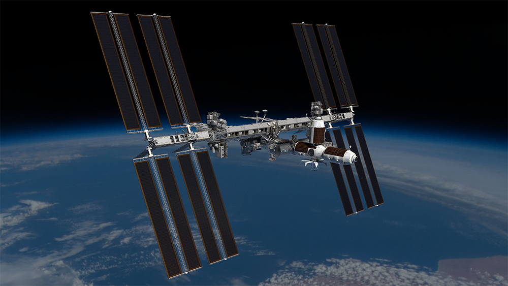 How commercializing the International Space Station can help astronauts get to the moon and Mars
