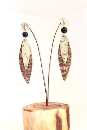 Aro de Cobre y Plata, chapas texturada y satinada, aplicación de piedras