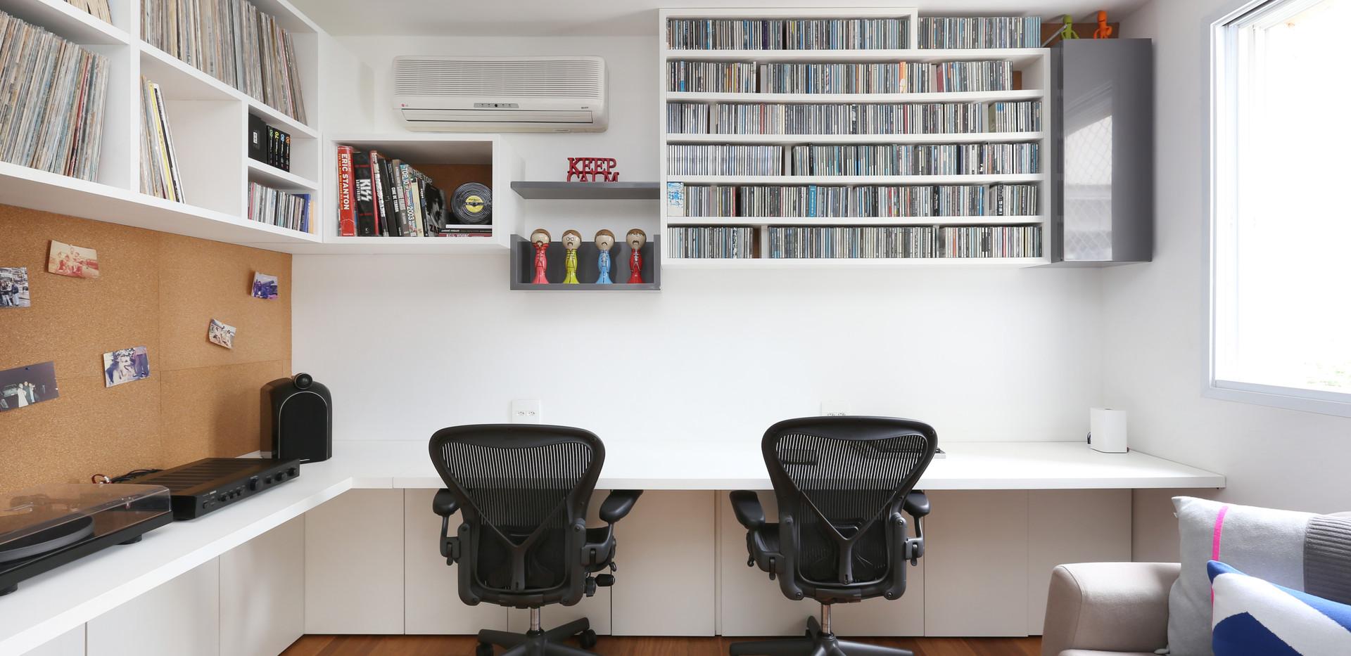 03 - Home Office  _ Sala de Musica.jpg