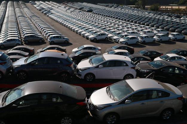 Venda de veículos acumula alta 12,81% em 2018
