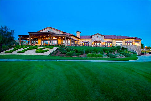 18th Green Back Clubhouse.jpg