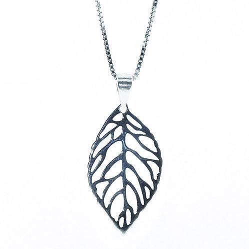 Silver Filigree Leaf Pendant