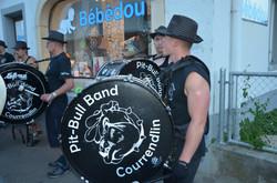   Guggenmusik Pit-Bull Band Courrendlin   Jura
