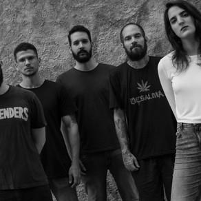 """Com o peso e distorção do stoner/hard rock, Surt lança novo single """"Insecure"""""""