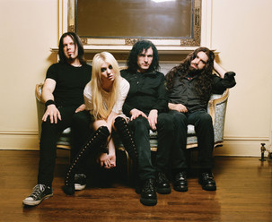 """The Pretty Reckless lança vídeo de """"Only Love Can Save Me Now"""""""