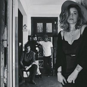 The Gramophones lança feat com Bia Roque, faixa marca o momento maduro da banda