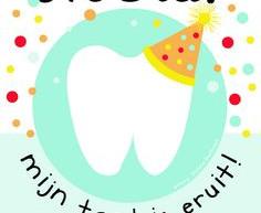 Hoera! Mijn tand is eruit!