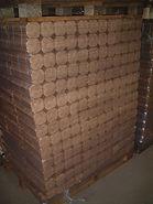 bois de chauffage compacté , densifié