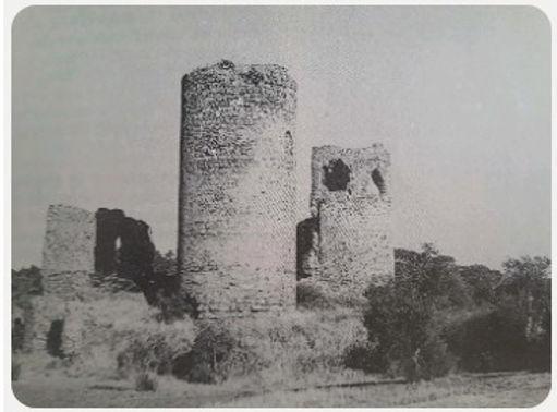 5.Torre_de_los_moros.jpg
