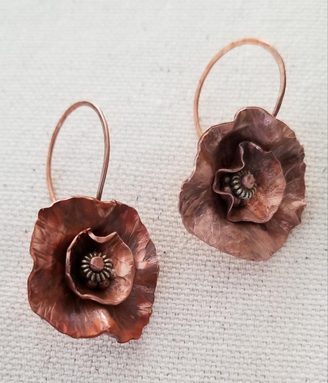 2019 - Abstract flower earrings