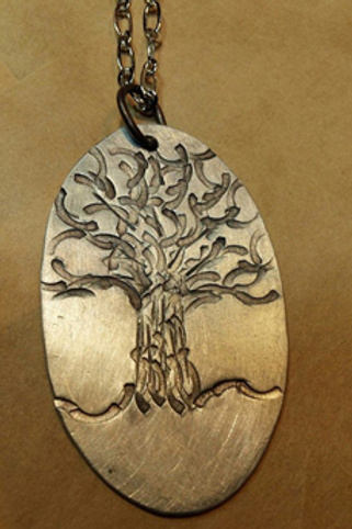 Family - Tree of Life Pendant (Oval)