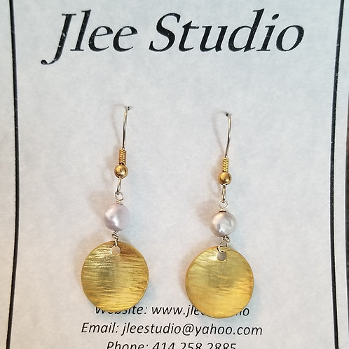 Brass Hammered Discs with Grey Rice Pearl