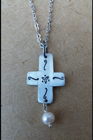 Decorative Cross w/Fresh Water Pearl Necklace