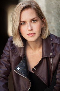 Emily Killian Headshot 09