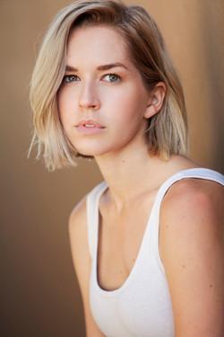 Emily Killian Headshot 06