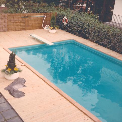 Miami pool 1