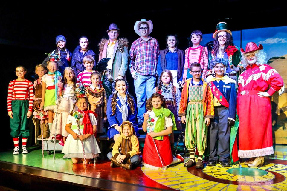 Christmas in the Land of Oz Cast.jpg