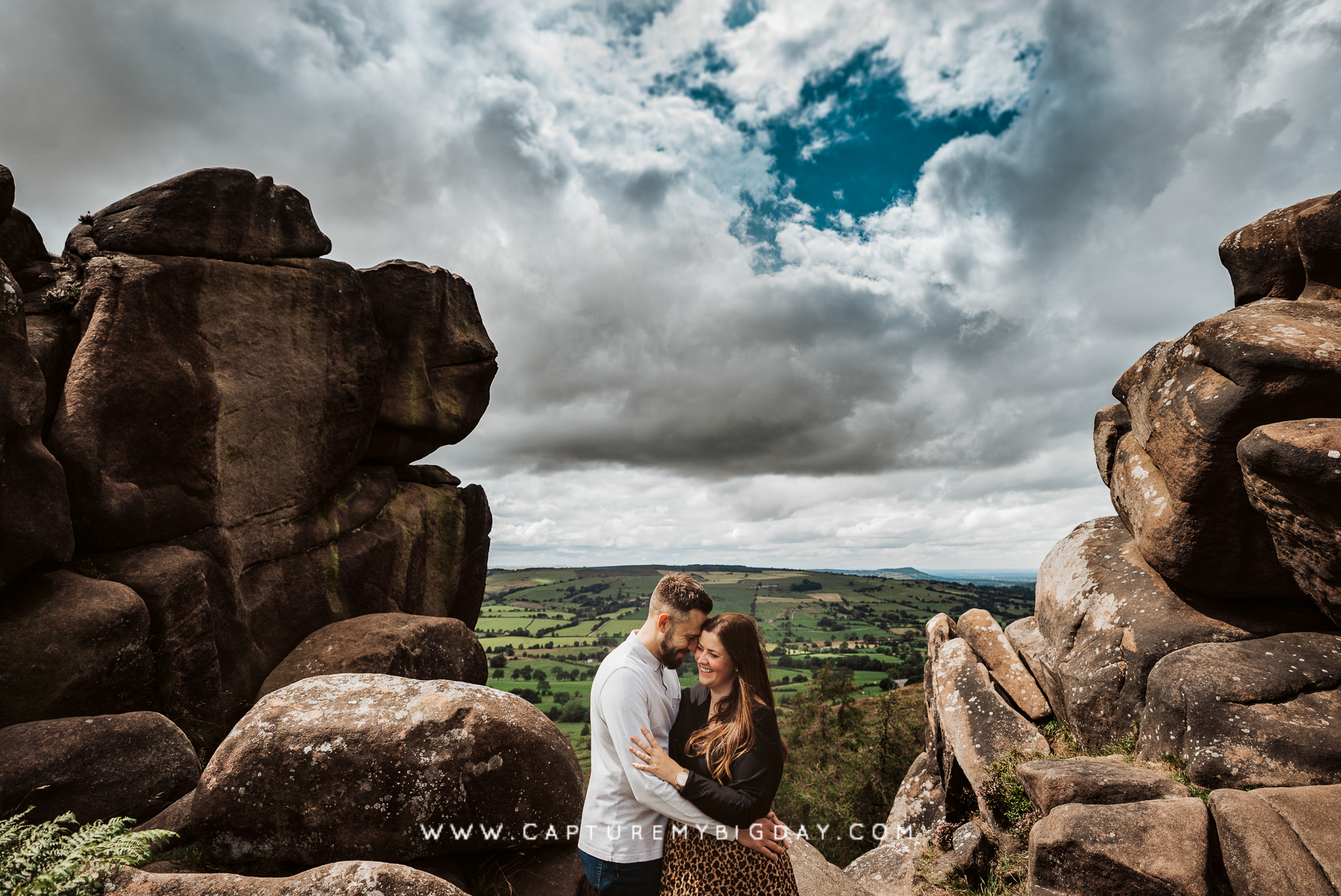 engagement photograph in the hills