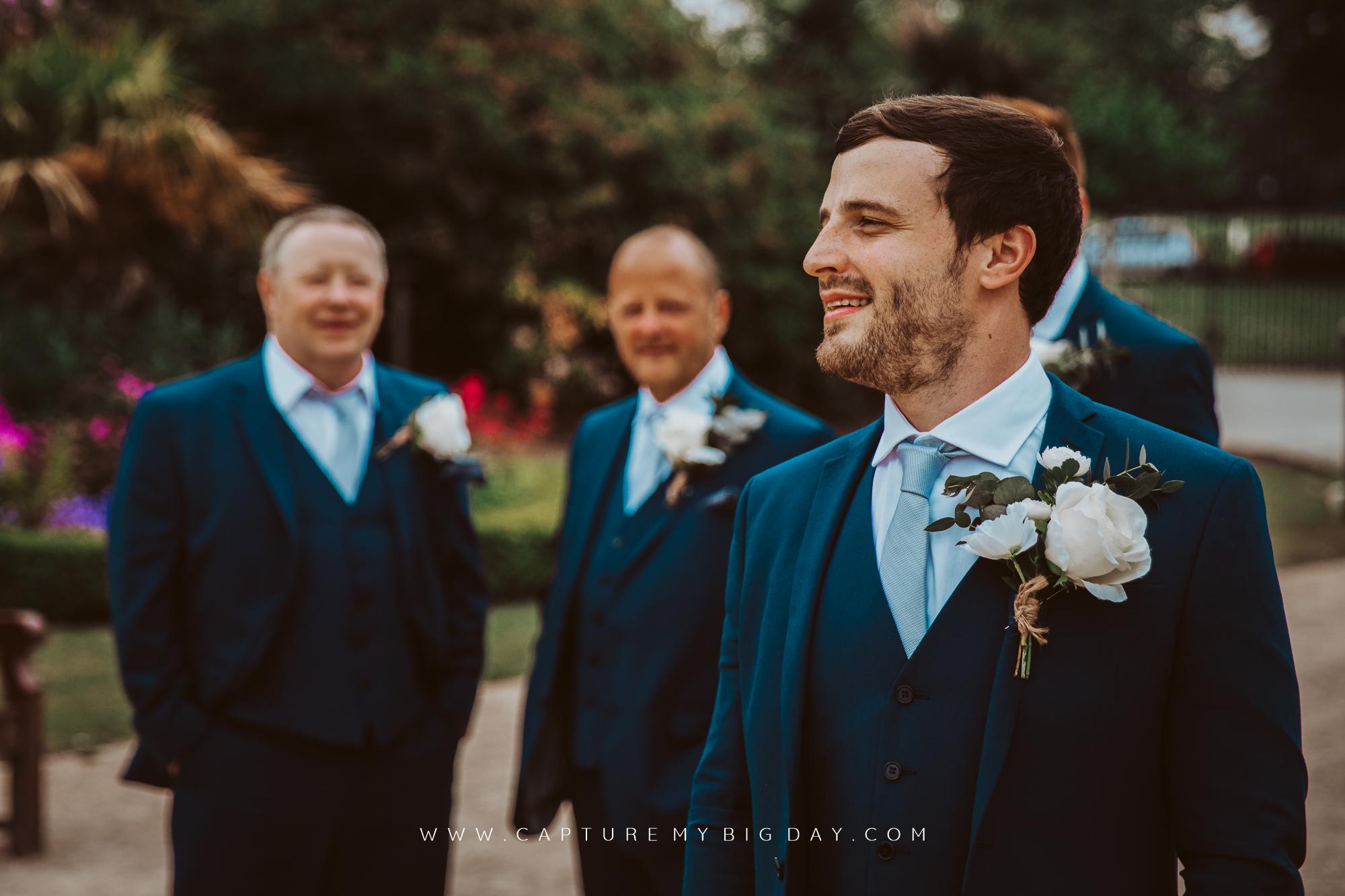 groom outside