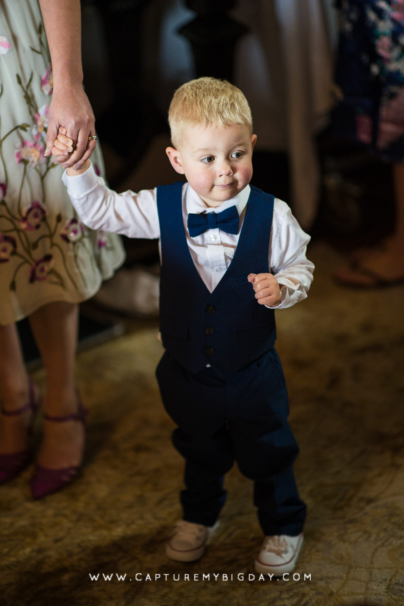 toddler in suit