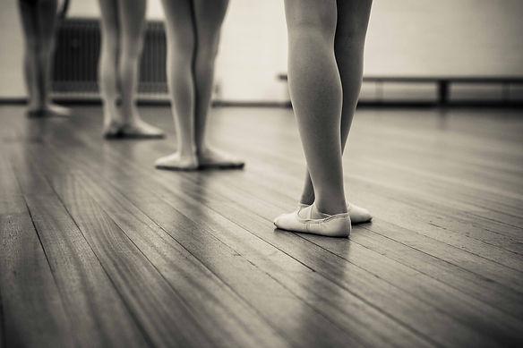 ballet feet on the floor
