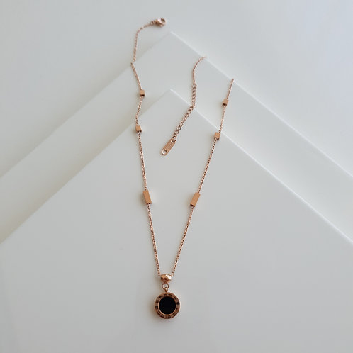 BV Plate Necklace