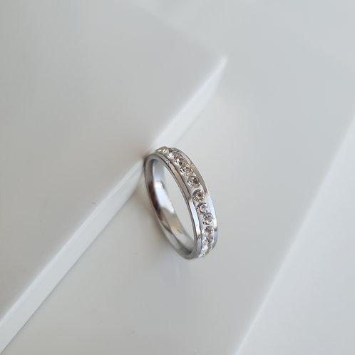 White Tamtur Ring