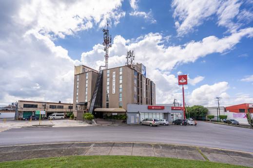 Hotel Delf Inn
