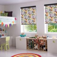 Zootime_Roller_Kids_Bedroom.jp_-700x467.