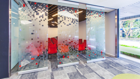 Operable Glasswall