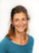 Silvia Oechslin, Akupunkteurin un Qi Gong Lehrerin, spezialisert auf Bournout und psychische Beschwerden, Autoimmunerkrankungen, Infertilität und Ernährung nach TCM