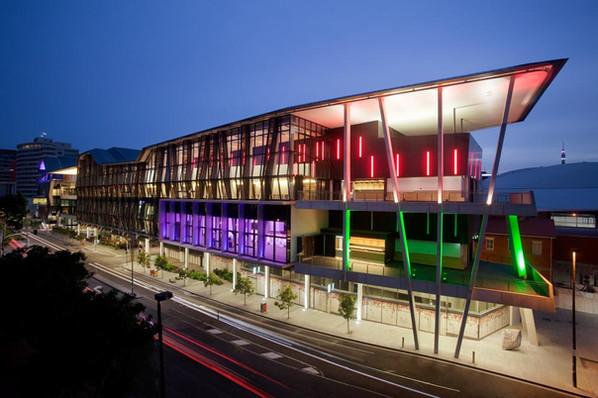 Brisbane_Convention_&_Exhibition_Centre.