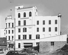 Brew House & Mill House, Bavarian Brewing Co., Covington, KY  1940s