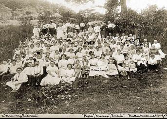 Bavarian Brewing Co. Picnic at the Riedlin Farm, 1911.