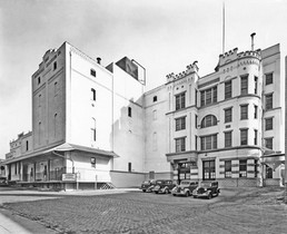 Stock House & Brew House, Bavarian Brewing Co., Covington, KY  1940s
