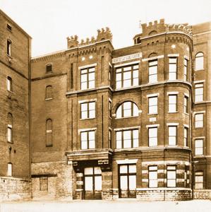 The Brew House, Bavarian Brewing Co., Covington, KY, 1932.