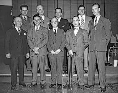 1947. WSAI in Cincinnati with Ewell Blackwell, Red's Ace, and Executives with Bavarian Brewing Co., Covington, KY., 1947.