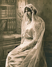 1914bLucia-Wedding2SmTint.jpg