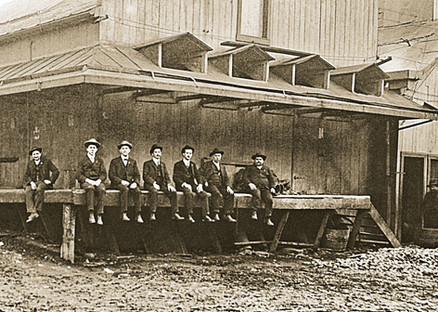 On the Dock, Bavarian Brewing Co., Covington, KY c. 1900