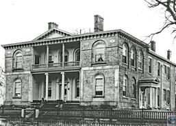 The Carneal House, 405 E. Second St., Covington, KY