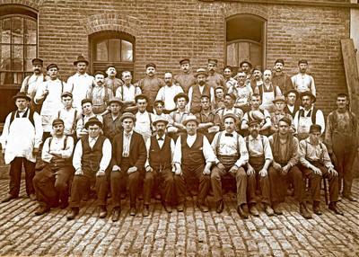 1900 circa Bavarian Workers 4 5x7.jpg