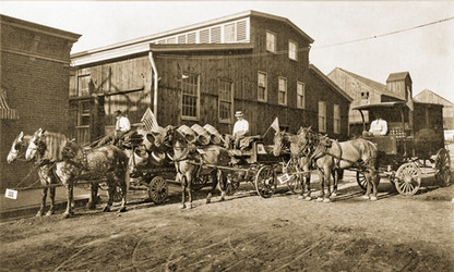 Horse Drawn Delivery Wagaons, Bavarian Brewing Co., Covington, KY.  c. 1905